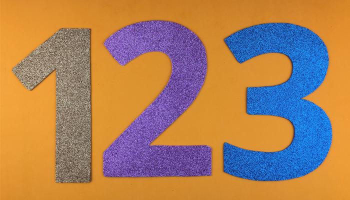 أشكال الأرقام الإنجليزية من 0 إلى 9  – حجم كبير – تطبيق على الفوم جليتر