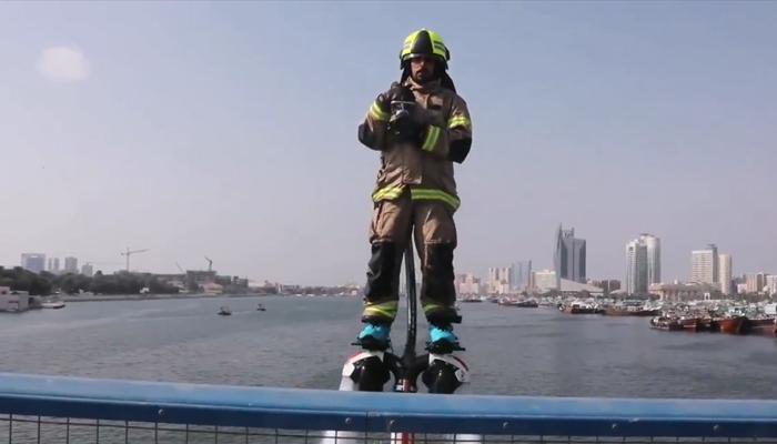 دبي تكشف عن رجل إطفاء طائر من أجل سرعة التعامل مع الحرائق